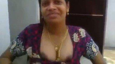 Mallu aunty exposed by hubby's friend