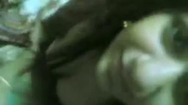 Indian bhabhi Shreya nicely sucking dick of her devar MMS video