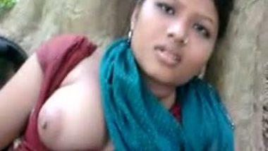 Porn sites featured Kanpur village girl Shona's outdoor fun