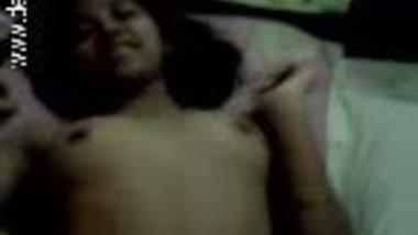 Desi girl Nupur hot blowjob in free porn tube