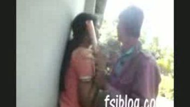 Indian college girl porn with her boyfriend in public