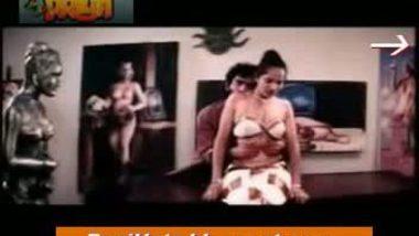 desi slim cute girl hot sex with painter in mallu masala movie