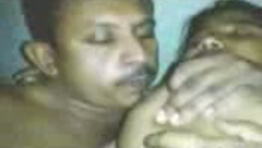 Fsiblog – Tamil mast bhabi kanchan with her hubby's friend MMS