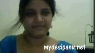 Extremely hot gujrati girl nadia on cam4