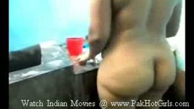 Indian Yamuna aunty fucked hard by hubbys friend Part 3 of 4