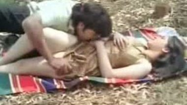 Tamil Beauty Sex In Forest Area