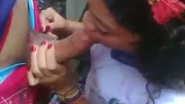 Nepal girl outdoor blowjob session