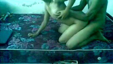 Amateur desi couple recording home sex mms