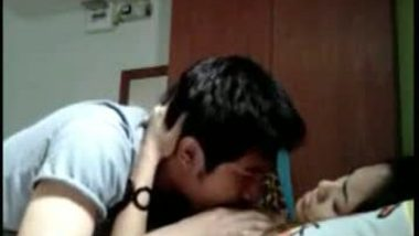 Gujrati college girl first time home sex leaked mms with audio