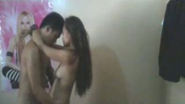 College teen babe's standing sex with lover mms