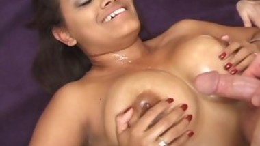 Indian Whore Gets A Hard Prick In Her Bald Slit