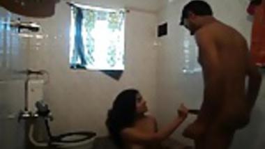 kerala student bath leaked