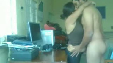 Indian office sex mms video leaked.