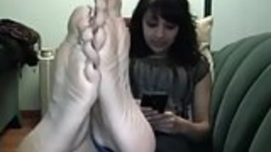 Nia's Feet (Delicious Indian Soles)