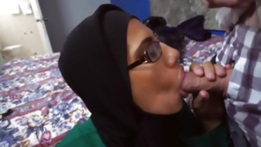 Muslim horny guy and maid Desperate Arab Woman Fucks For Mone