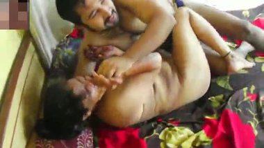 Mature shameless aunty having sex with her neighbor