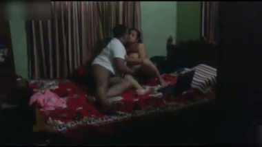 Indian desi girlfriend's desi porn clip