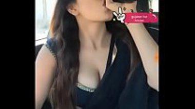 Hot Bollywood actress Nikita Soni live