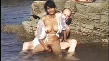 real indian sex in the ocean