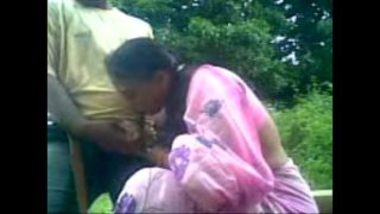 Hot Blowjob Of Bengali Bhabhi Caught