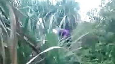 man fuck girl in sugarcane field.mp4