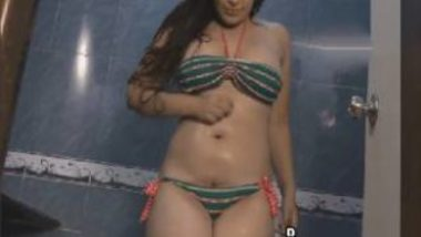 Indian Porn Showing Sexy Con Girl Seducing Old Man